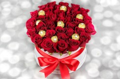 Trandafiri rosii di ferrero florarie iasi
