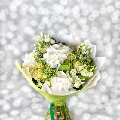 Buchet Hortensie Green and White