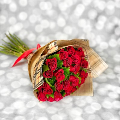 Buchet Trandafiri L.O.V.E